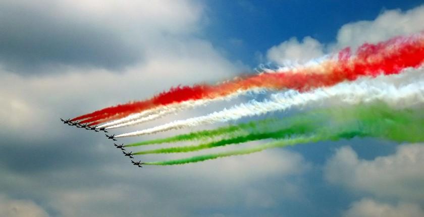 1024px-Festa_della_republica_2005_con_frecce_tricolori